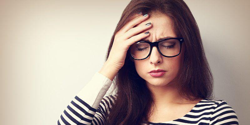 علائم کم آبی بدن در بزرگسالان