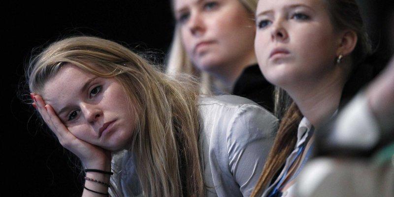 علائم اسکیزوفرنی در نوجوانان