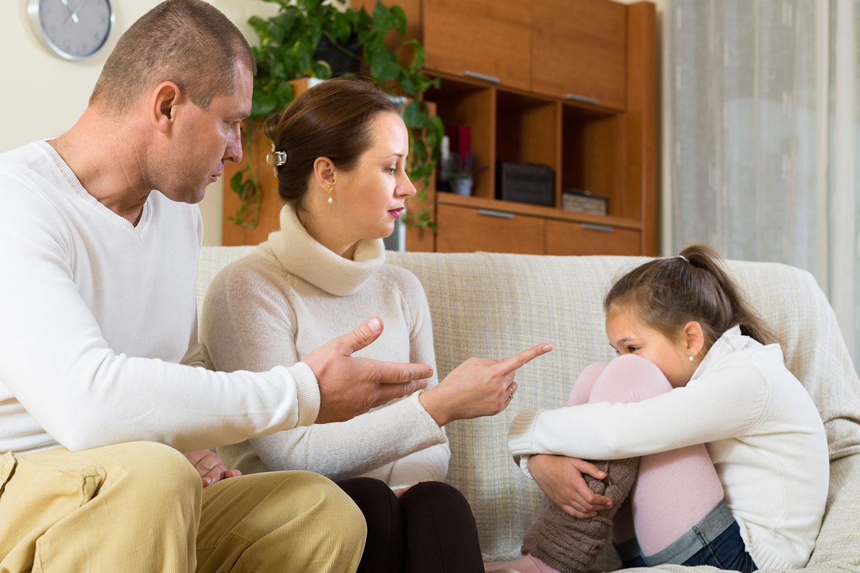 تنبیه بدنی کودک، جایگاه والدین را بیارزش میکند
