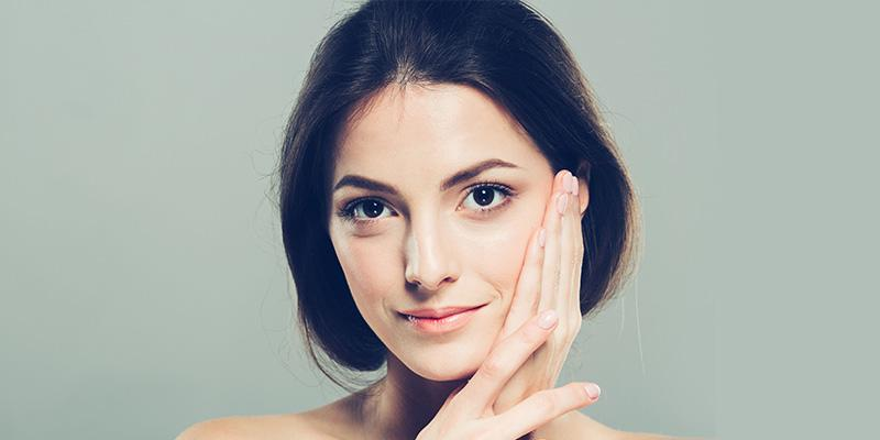 فواید روغن کرچک برای مرطوب کنندگی پوست