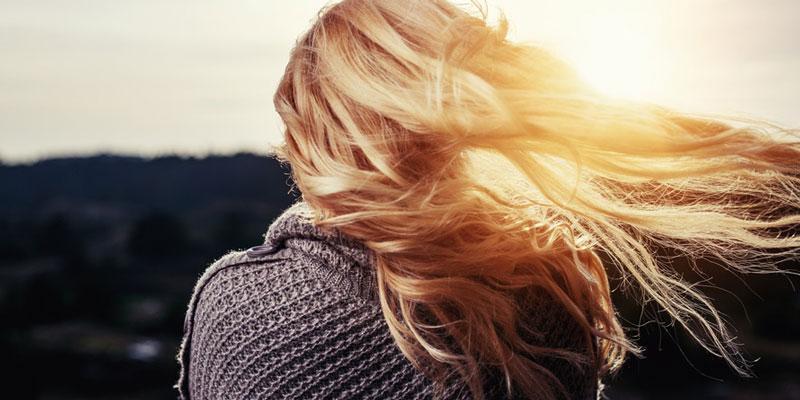 زیبایی رنگ مو و روغن کرچک