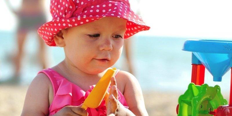 درمان آفتاب سوختگی کودک