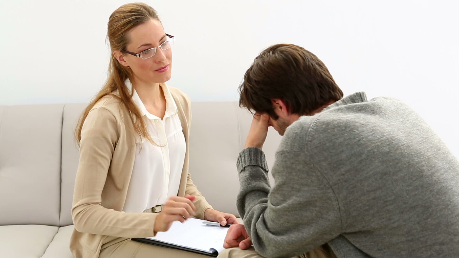 مشاوره روانشناسی چیست و چه ضرورتی دارد