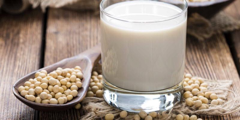 درمان پوکی استخوان با سویا