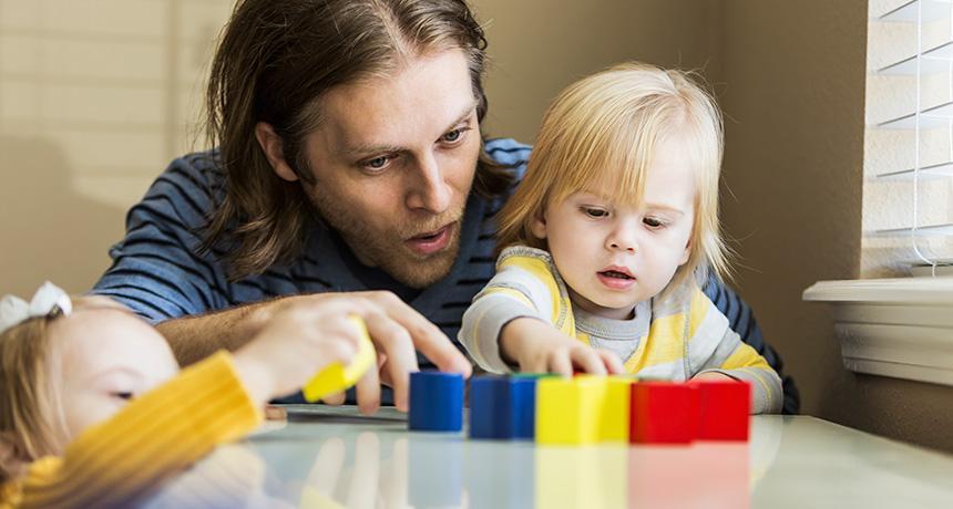 نقش خانواده در القای کلیشه های جنسیتی در تربیت کودک