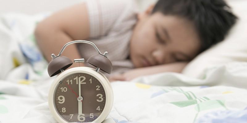 10 راه بهتر خوابیدن کودکان بیش فعال