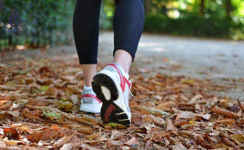 برای پیاده روی به طبیعت بروید