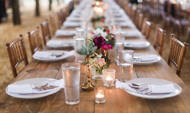 جای خود را سر میز غذا تغییر دهید