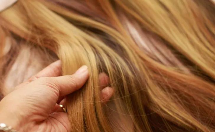 انجیر خشک و موهایی سالم
